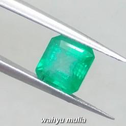 foto Batu Zamrud Colombia Hijau Emerald Kotak Asli ciri harga khasiat palsu natural memo sertifikat_4