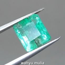 foto Batu Emerald Beryl Jamrud Colombia Kotak Asli bersertifikat hijau tua muda kristal bening bagus berkualitas top besar_2